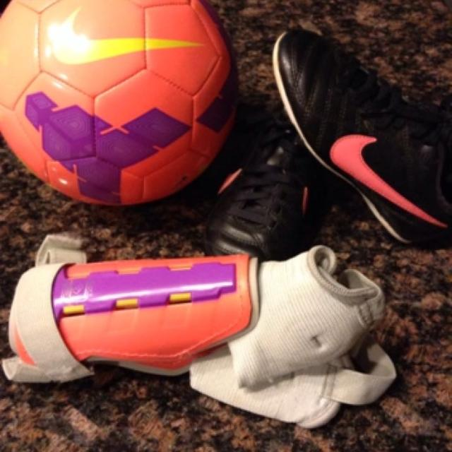 56fb325d069 Find more Little Girls Nike Soccer Cleats With Matching Chin Guards ...