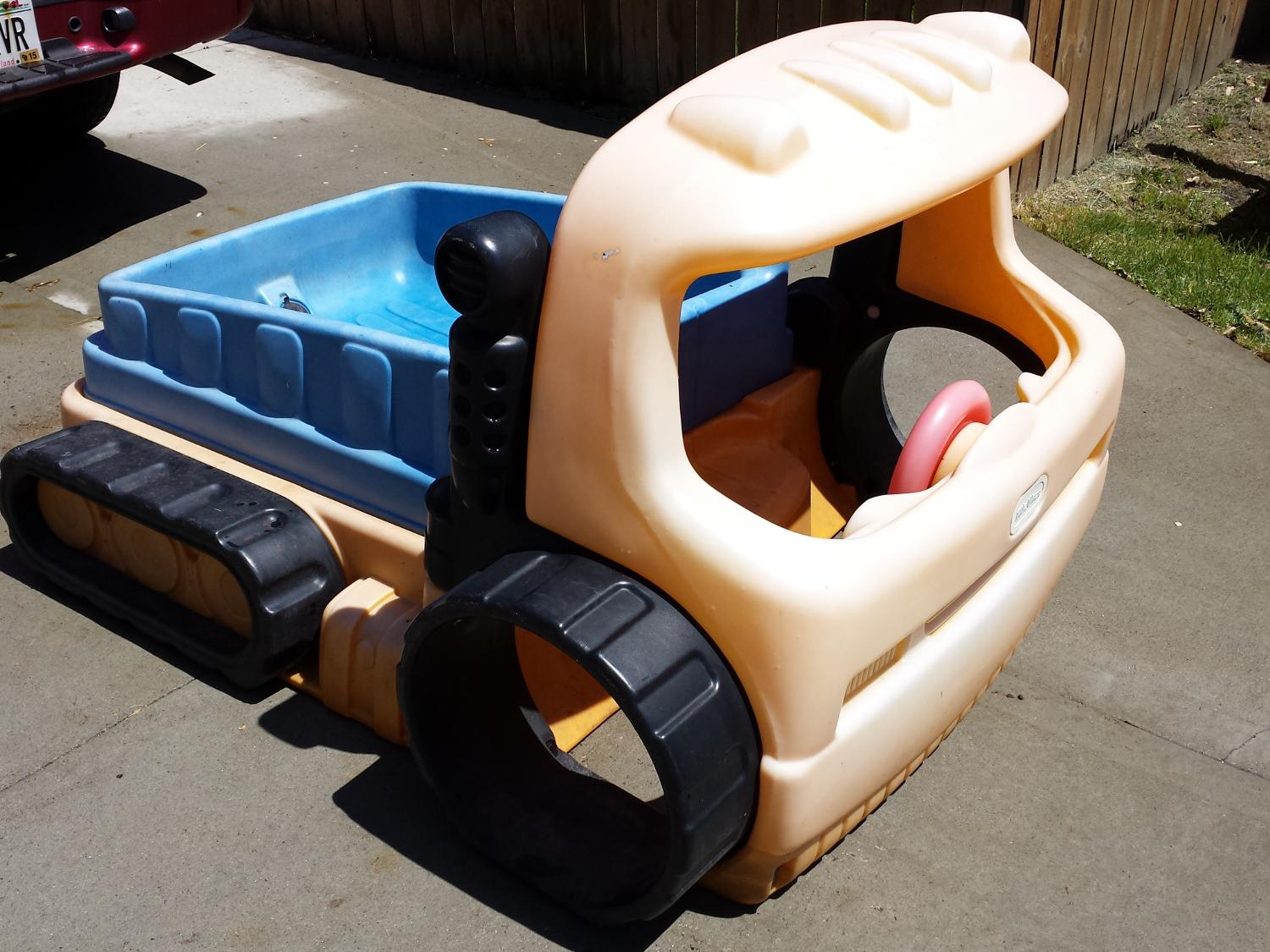 The Brilliant and also Interesting Sandbox Excavator pertaining to Inspire Your own home Provide Household Comfy Desire House. Sandbox Excavator Best Of Little Tikes Truck Sandbox Line Discounts is a part of 38 Lovely Sandbox Excavator pictures gallery.