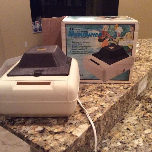 Best Old Fashion Humidifier One Gallon Capacity For Sale