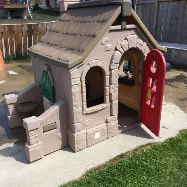 Step 2 Naturally Playful Storybook Cottage
