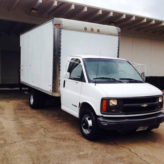 1998 Chevrolet 14ft box truck