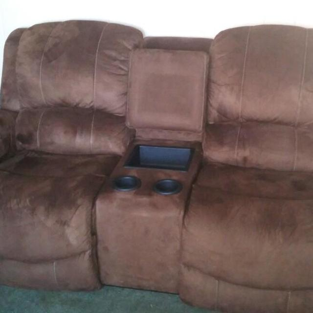 Lazy Boy Sofa Only Used 6 Months Purchased At Willams