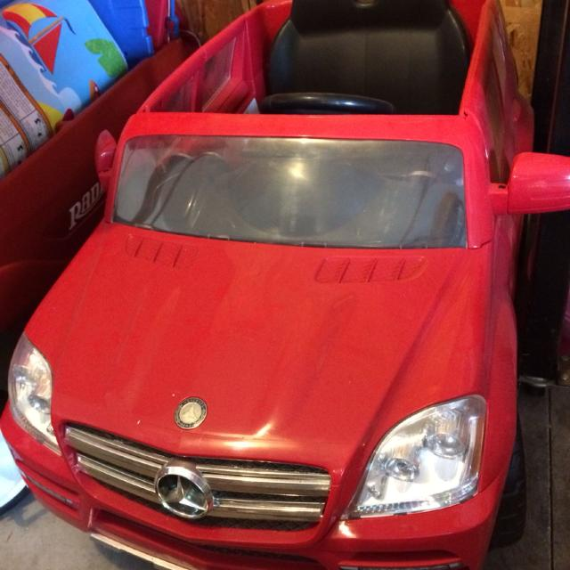 find more mercedes benz kid trax suv power wheels like new works perfectly includes all parts for sale at up to 90 off mercedes benz kid trax suv power wheels like new works perfectly includes all parts