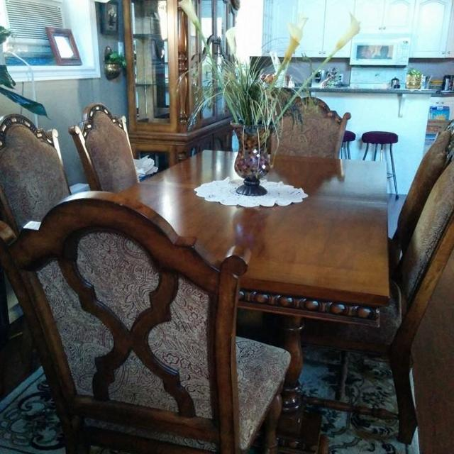 Best Dining Room Set For Sale In Ottawa Ontario 2019