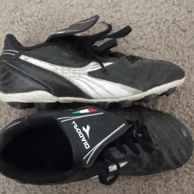 d294298c598 Best Boys Diadora Soccer Cleats Size 1.5 for sale in El Dorado County