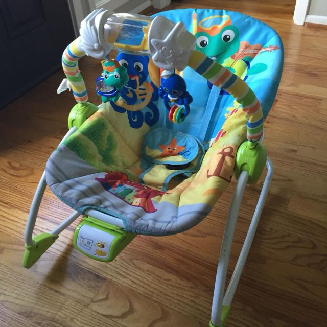 72f225005baf Find more Baby Einstein Rhythm Of The Reef Rocker Bouncy Seat for ...