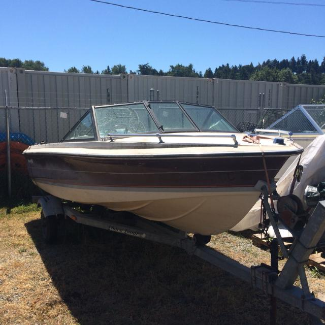 16 5 ft Beachcraft  (No motor) with trailer  Can throw on a 50 hp motor for  $500 more