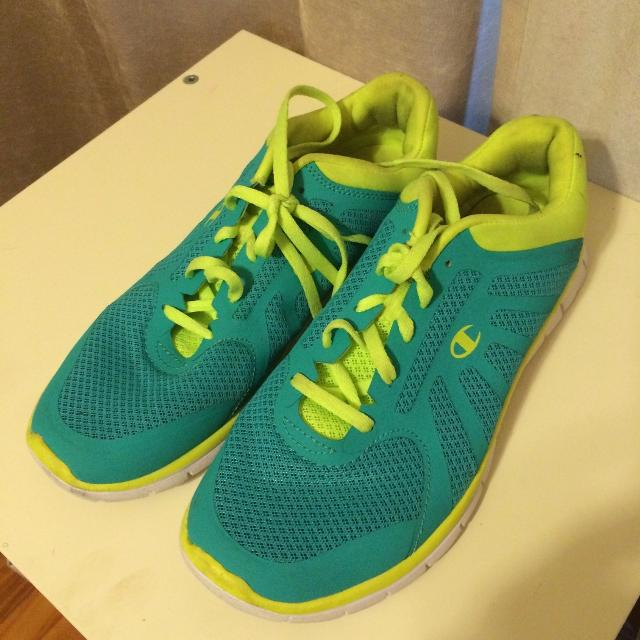 a6fe7631611 Find more Champion Running Shoes  Women-teen Girl Size 5 1 2 for ...