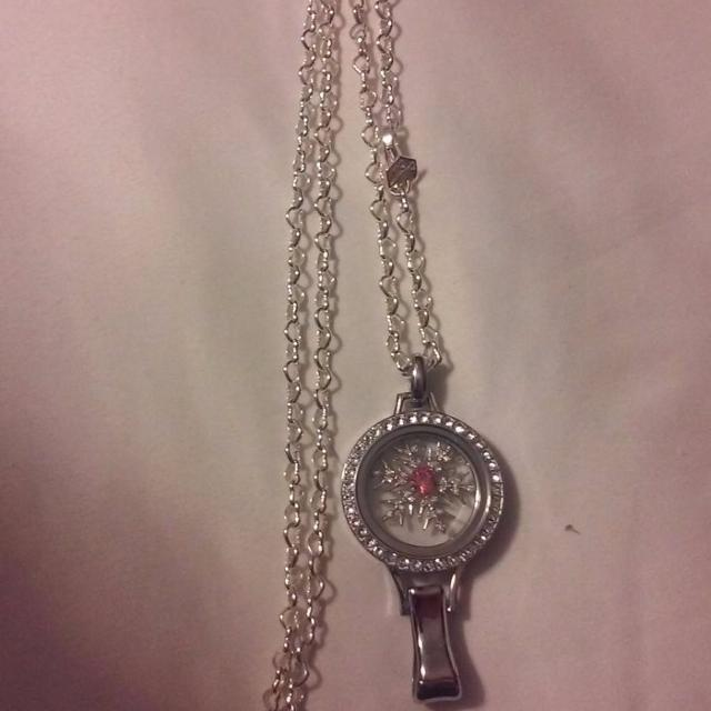 Find More Origami Owl Lanyard Locket With Silver Crystals And 30