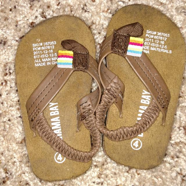 e1d5db772e1d3a Find more Infant Size 4 Bahama Bay Flip Flops for sale at up to 90% off