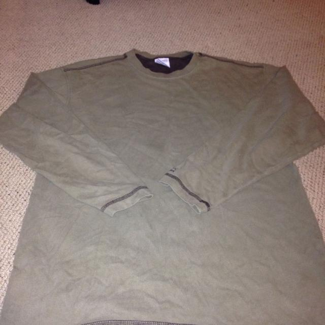 a6bc831fe7c Find more Guc Mens  columbia  Olive Green Long Sleeved Shirt. Medium ...