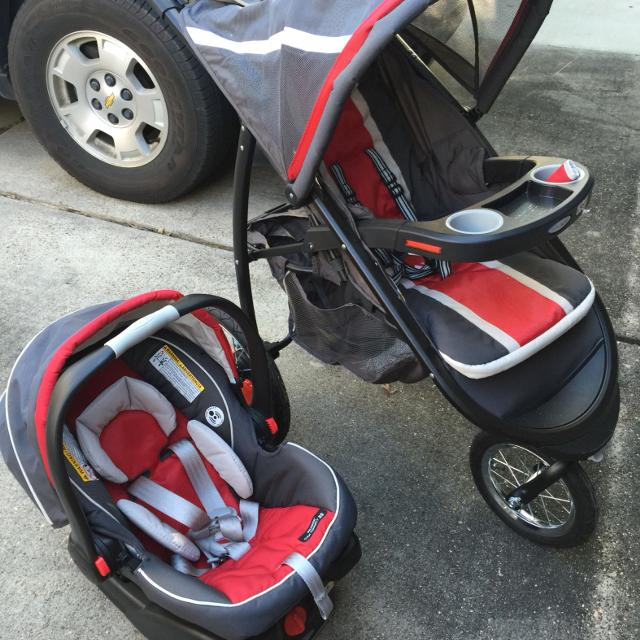 Graco Car Seat Jogging Stroller Combo