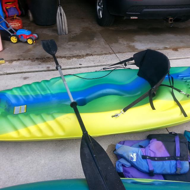 Pelican Viper 9ft Sit On Top Kayak Includes Detachable Seat Back With Storage Paddle
