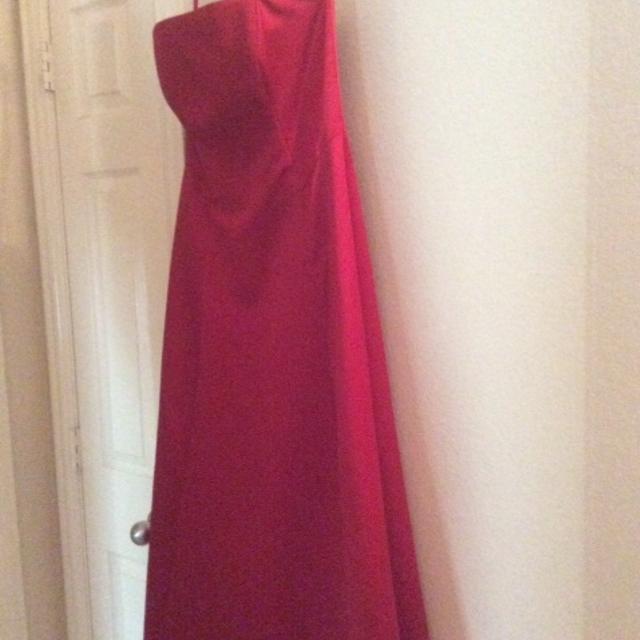 b0564f656c1 Best Michelangelo Long Red Dress Size 8 for sale in McKinney