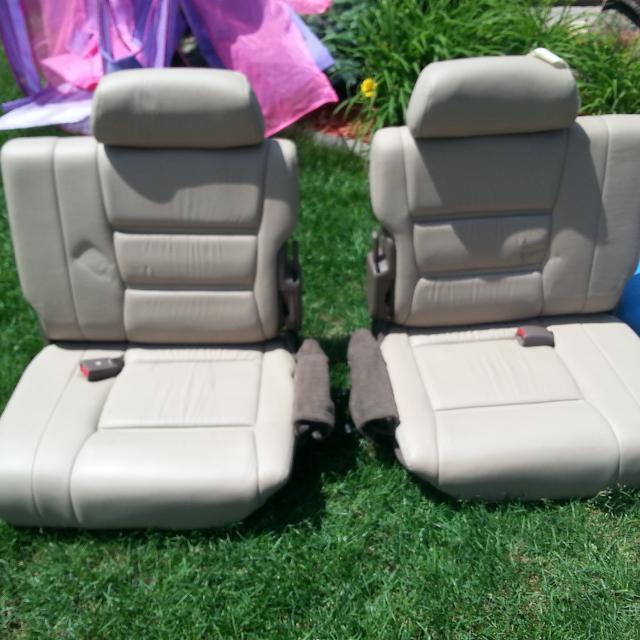 TOYOTA LAND CRUISER / LEXUS LX450 THIRD ROW SEATS MAKE AN OFFER!!!!!!