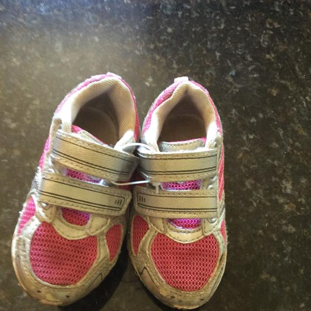 91e48470332c8 Best Girls Champion Brand Tennis Shoes. Size 6. Good Condition. for sale in  Appleton