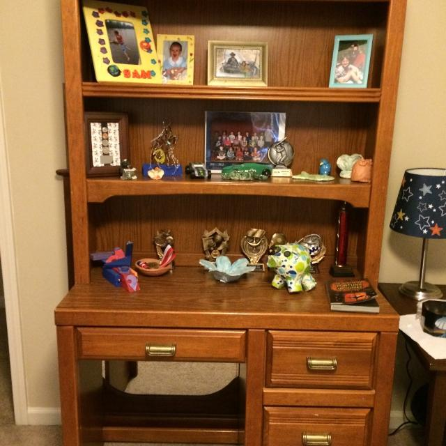 Stanley Young America Desk Hutch