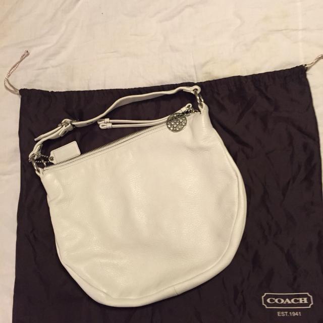 fcca5d47f161 Find more Large Authentic Coach White Leather Ali Shoulder Bag ...