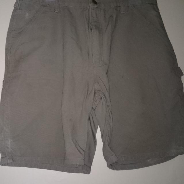 4e5cee960aa Carhartt shorts. Seller can meet near. Fairfield