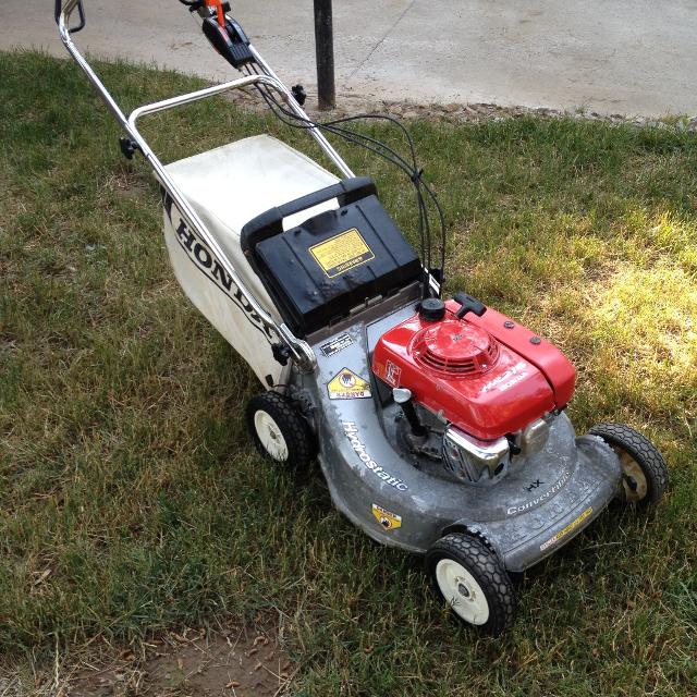 find more honda hr215 hxa lawnmower 250 obo for sale at up to 90 off ruidoso nm. Black Bedroom Furniture Sets. Home Design Ideas