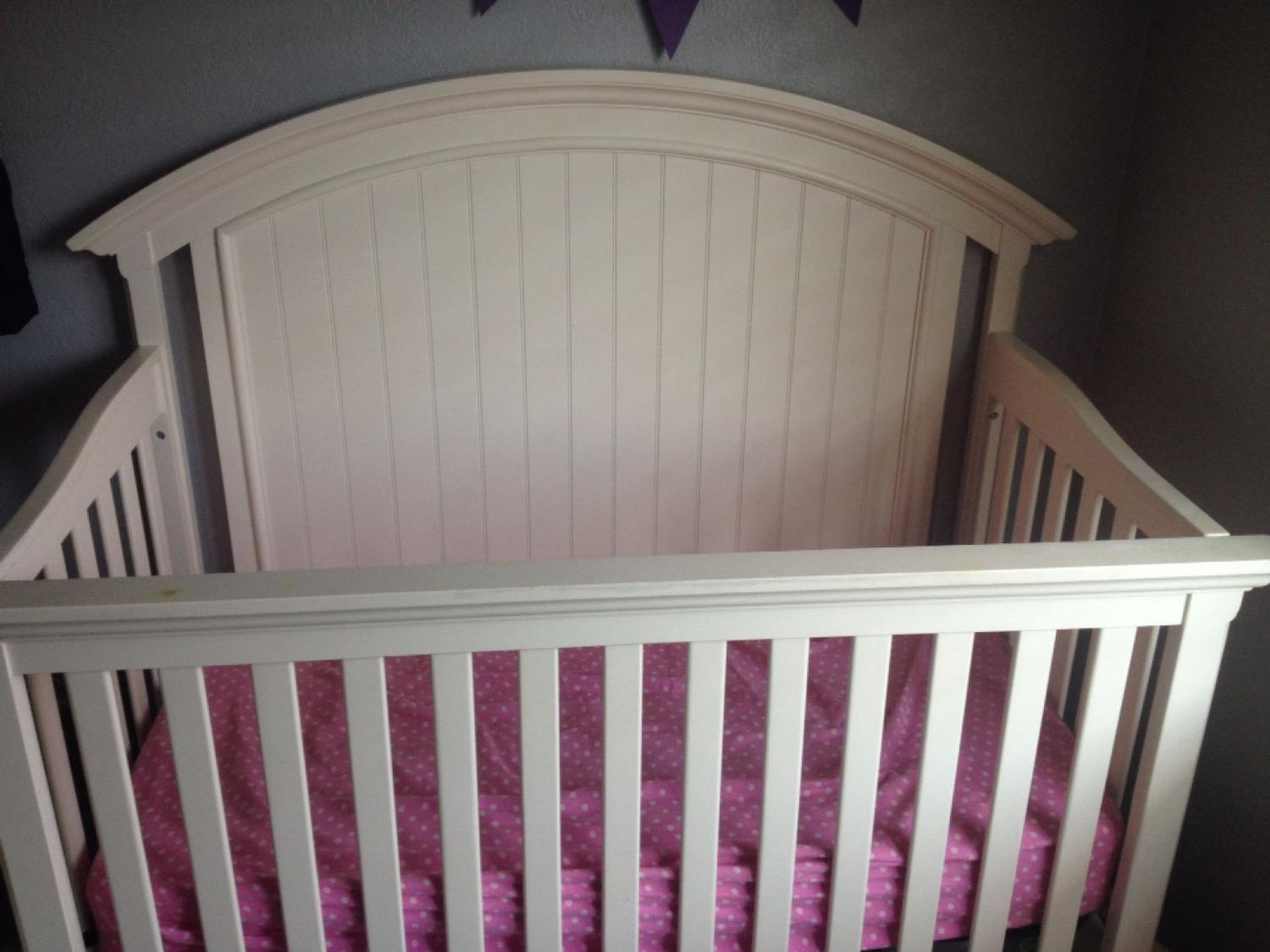 Crib for sale victoria bc - Find More Broadmoore Molly 3 In 1 Convertible Crib Bed For Sale At Up To 90 Off Victoria Bc