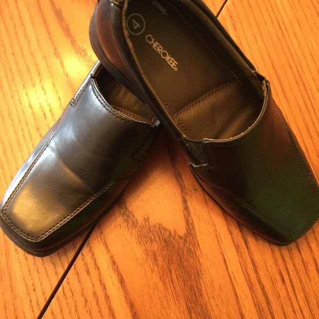 Best Brand New Boys Dress Shoes Black Size 4 Comfort Zone Cherokee
