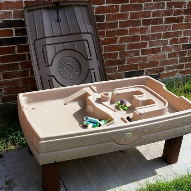 Step 2 Large Sand Water Table With Lid