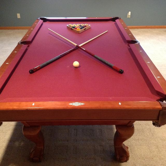Find More Brunswick Shorewood Mahogany Contender Series Pool - Brunswick contender pool table for sale