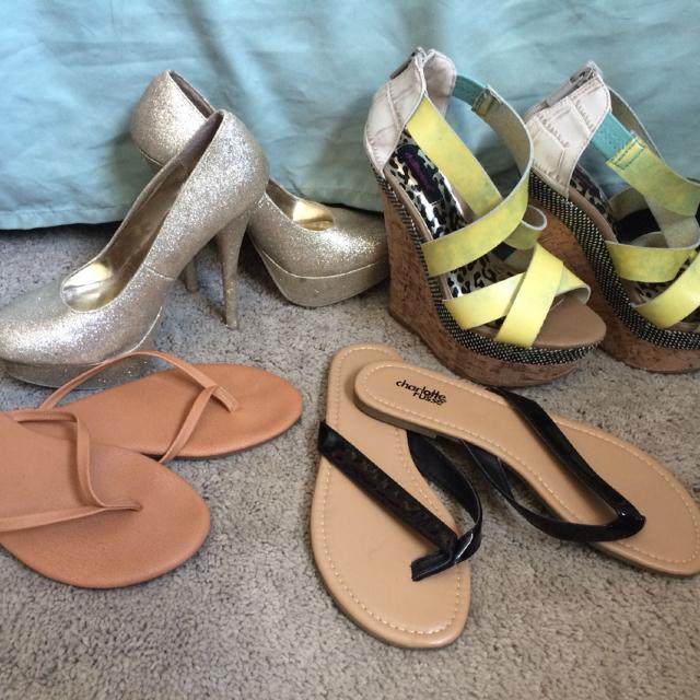aca8c7460 Best Flip Flops Size 7 - 2 Each Worn Once. Gold High Heels Size 6 Worn  Once-  5 Green blue Heels-  10 Worn Once. Bought For Over 60 for sale in  Holston ...
