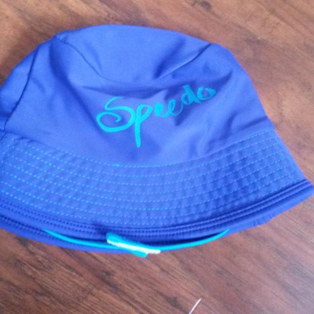 Find more Speedo Baby Swim sun Hat - Uv50+ - Sz S m for sale at up ... ddc09f09add7