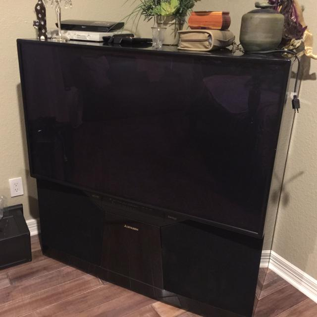 Find More 2002 55 Inch Mitsubishi Diamond Tv 1080 Hd 300 For Sale