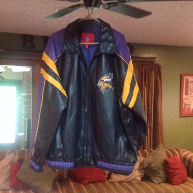 cheap for discount 9841d fa42f NFL Viking leather jacket XXL