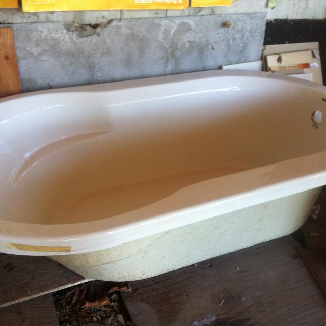 Find more Soaker Tub - Drop-in - New- Hy-tec for sale at up to 90% off