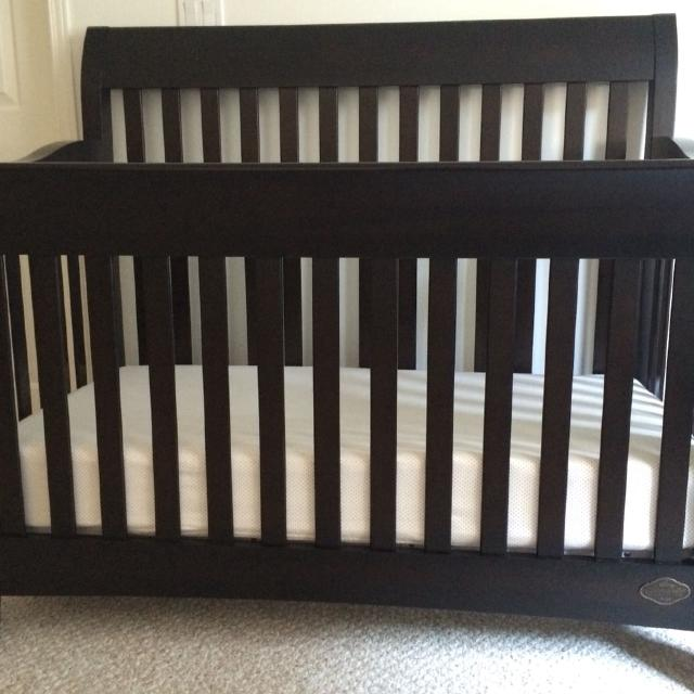 Bonavita Metro Lifestyle Convertible Crib And Dresser In Licorice Toddler Rail