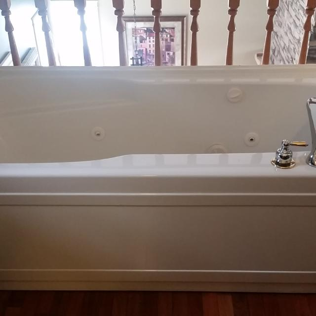 Best New Hytec, Jet, Soaker Bathtub for sale in Medicine Hat ...