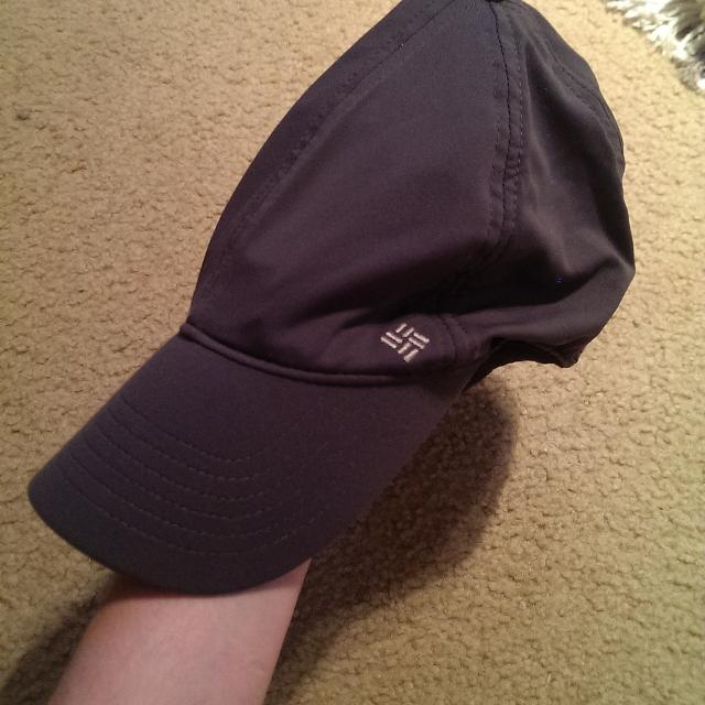 3ade50559106b Find more Columbia Omni-freeze Hat for sale at up to 90% off
