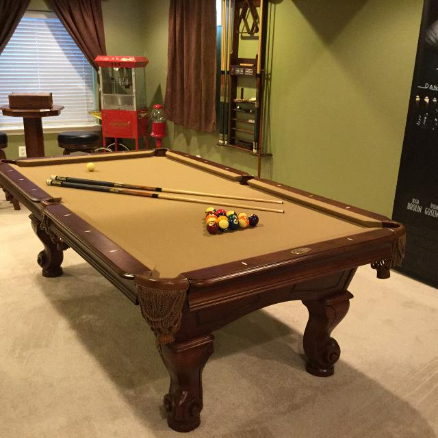 Find More Beringer Pool Table With Wall Rack And Accessories For - Beringer pool table