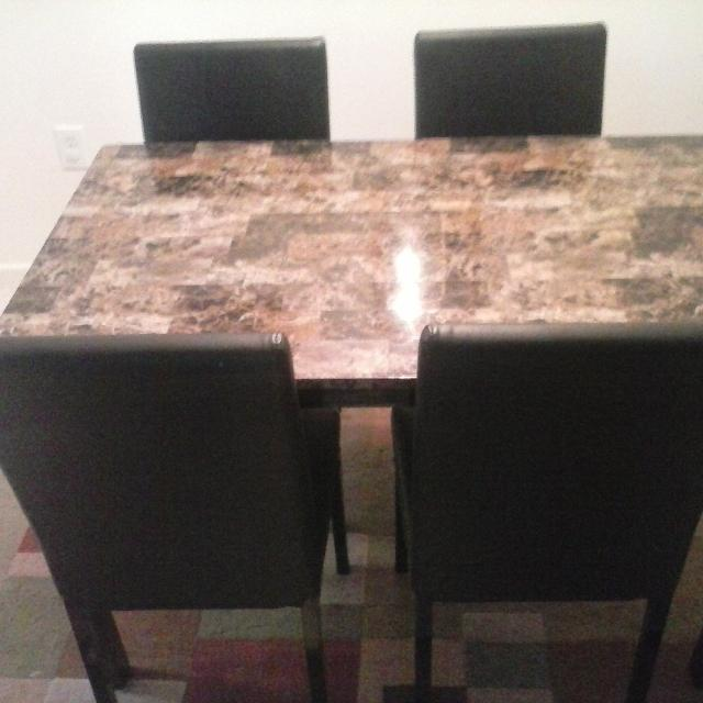 Find More Gorgeous Marble Top Dining Table And Matching Leather - Marble top dining table with leather chairs