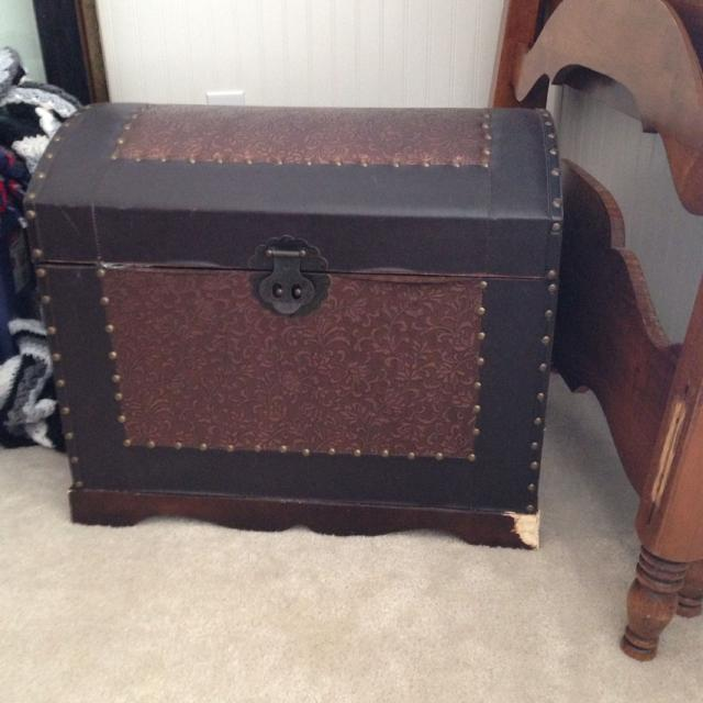 Find More Small Hope Chest Dog Chewed Bottom Corner But Can Be