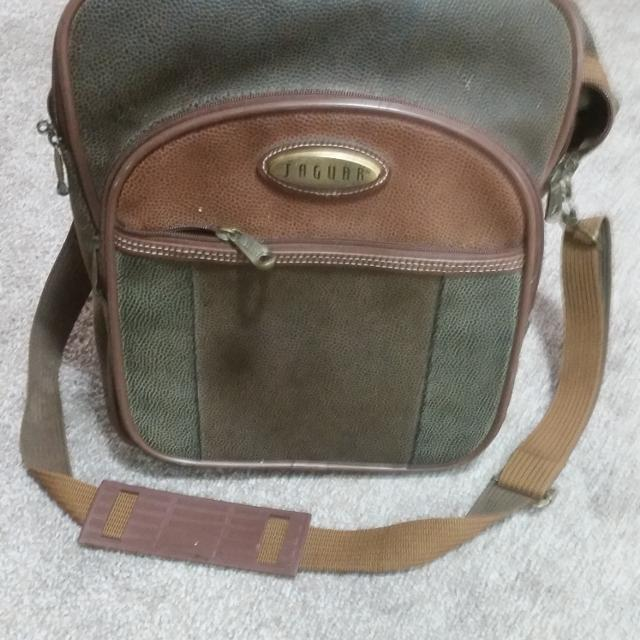 Price Of New Jaguar: Find More New Price!! Vintage Jaguar Travel Bag. $15 Firm