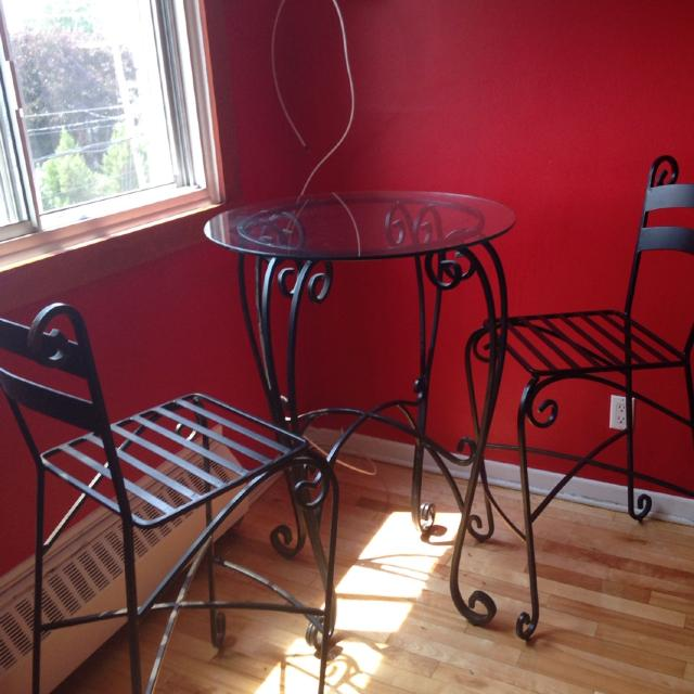 Best Bistro Wrought Iron Pier 1 Gl Table And Two High Chairs