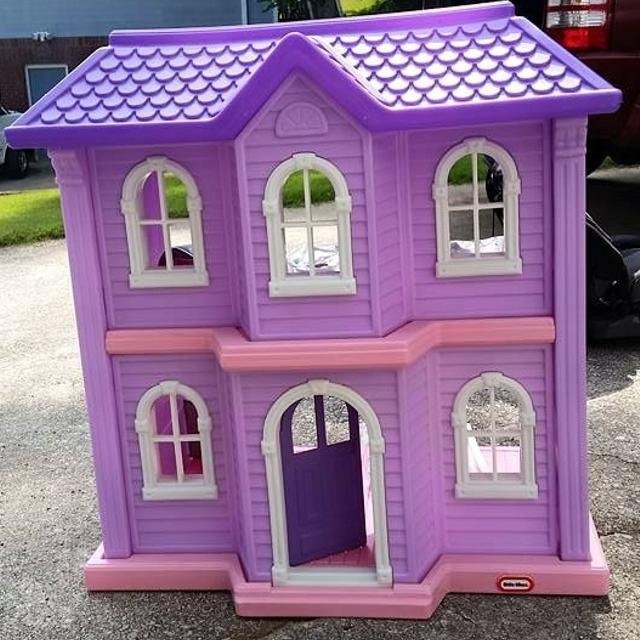 Best 4 Foot Little Tikes Doll House With 5 Rooms Of
