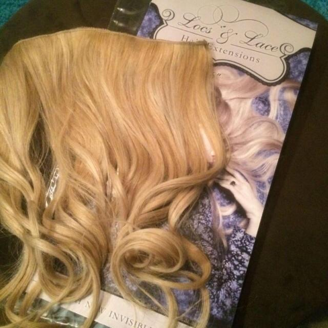 Best Blonde Halo Hair Extensions 100 Paid Over 300 At Promenade