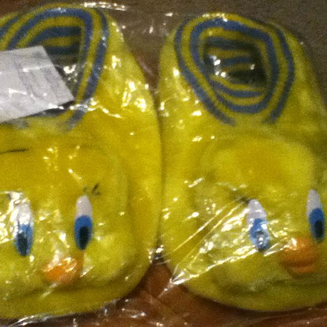 buy popular ea7c4 83b66 Tweety Bird Slippers! Size 13 1  4 for sale in Hendersonville, Tennessee  for 2019