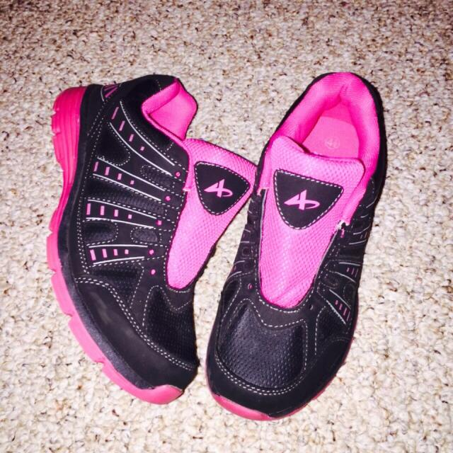 ... 67926 5af9b Athletec Girls tennis shoes size 4 12. Needs laces ☺ see  addition website ... 8ed36b0225