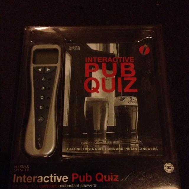 Interactive pub quiz unused boxed