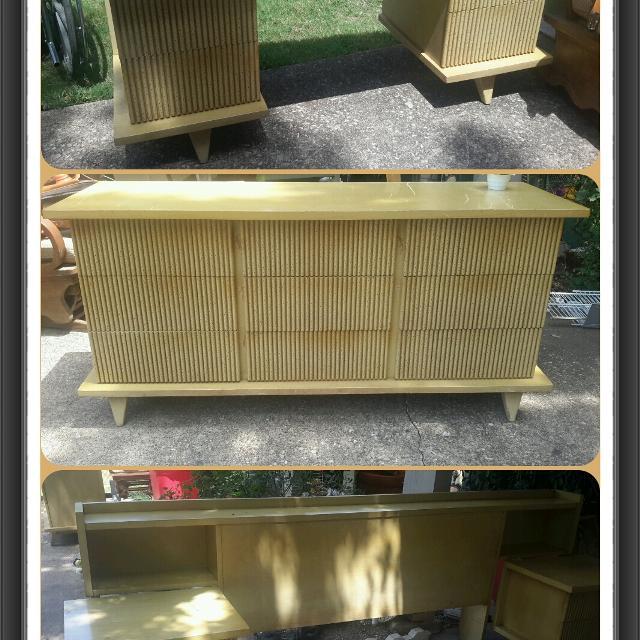 Rare 1950s Mid Century American of Martinsville Bedroom Set