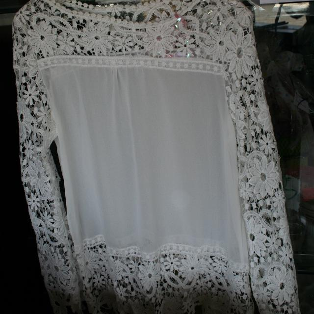 004b123bd9e554 Find more Perfect Holiday Lacey White Blouse Ladies M for sale at up ...
