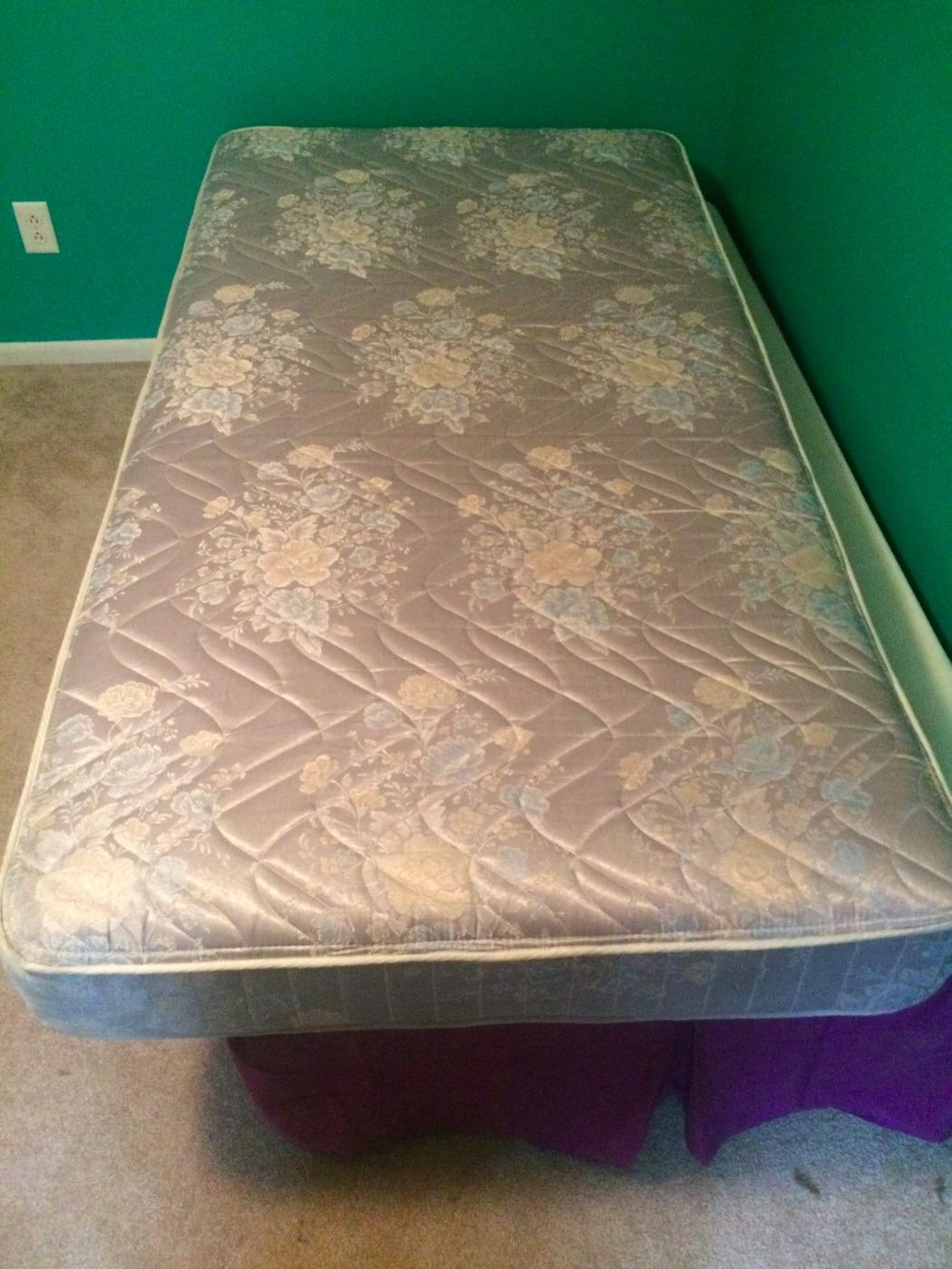 Best Twin Size Mattress   Used for sale in Frankfort, Illinois for
