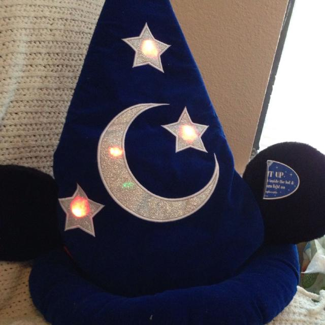 85426ed46bcd2 Find more Mickey Sorcerer Hat. Has Mickey Ears Attached To Hat. Push ...